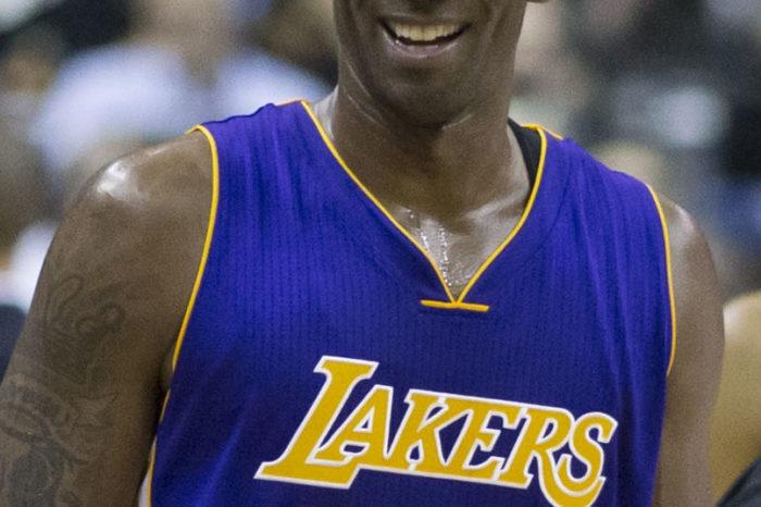 Në nder të Kobe Bryant, reperi i njohur bën në fytyrë tatuazhin domethënës