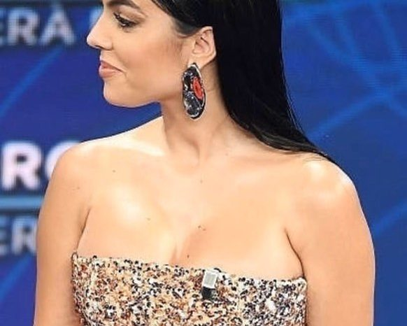 """Georgina Rodriguez shkoi në """"Sanremo"""" për një shumë të majme parash dhe ja çfarë bëri me to"""