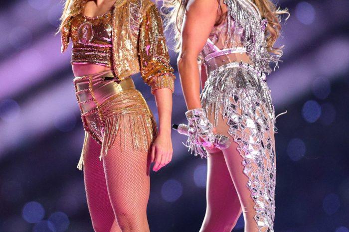 """123 mijë kristale """"Swarovski"""" shndrijnë skenën e """"Super Bowl""""! Si u krijuan veshjet e mahnitshme të Jennifer Lopez dhe Shakirës"""