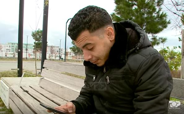 6 muaj për të mbërritur në këmbë në Shqipëri, siriani me 3 diploma tregon ëndrrën e tij