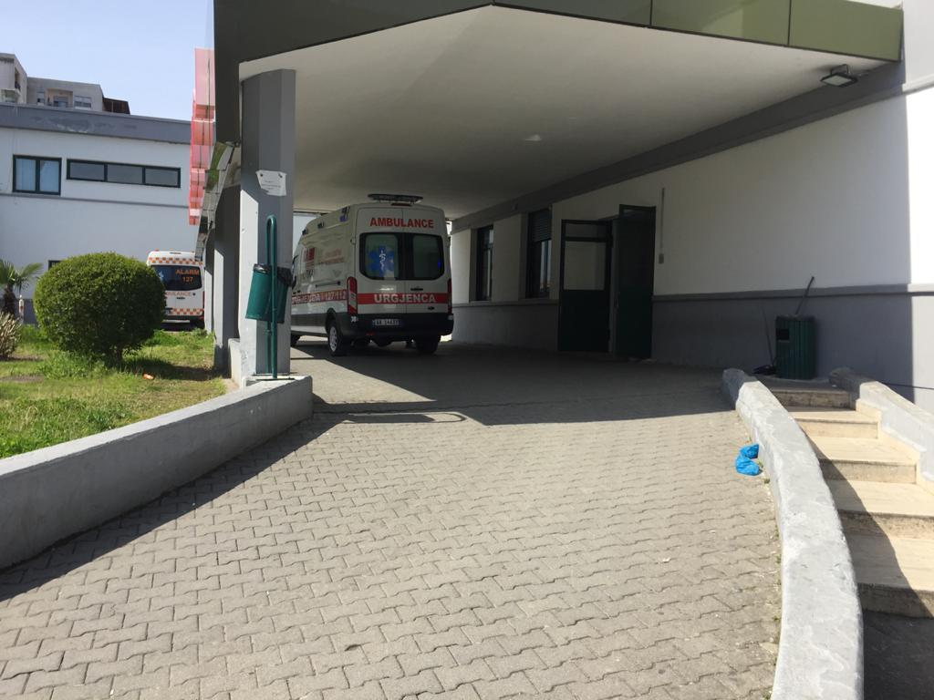 I moshuari bën kërdinë në Durrës, i ngjit koronavirusin 11 familjarëve
