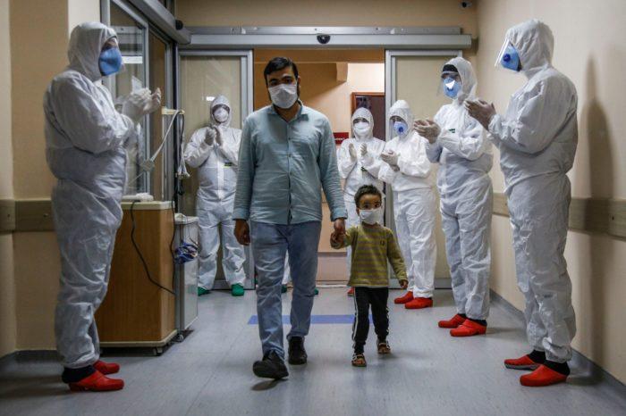 Pacienti më i vogël që e mposhti koronavirusin është vetëm 3 vjeç!