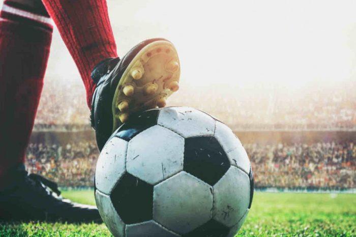 COVID-19 ndryshon rregullat e lojës, tani futbolli nuk do të jetë më i njëjti!