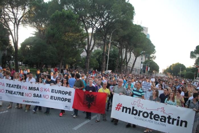 Njoftuan protestë 'rrufe' në Tiranë! Aleanca tubim sensibilizues në Durrës, ja detajet
