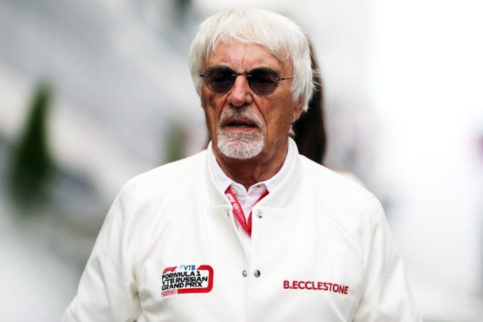 """Ish-shefi i """"Formula 1"""" bëhet baba në moshën 89-vjeçare!"""