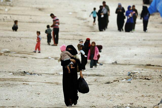 Gratë shqiptare në Siri në alarm: Ushtarët kurdë po na rrëmbejnë fëmijët, shteti shqiptar s'po bën asgjë!