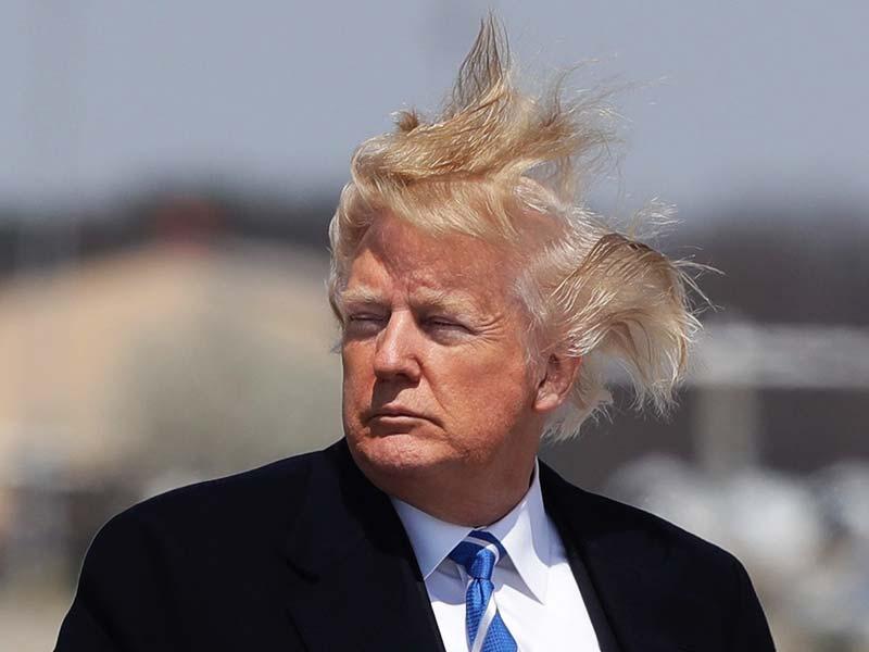 Të ndryshohen kokat e dushit! Trump u ankua se nuk lan dot flokët dhe një qeveri e tërë u vu në lëvizje!