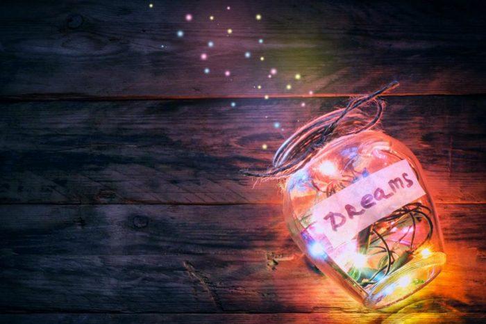 Janë gjëja më misterioze që përjetojmë! Këto 10 fakte rreth ëndrrave duhet t'i lexoni patjetër!