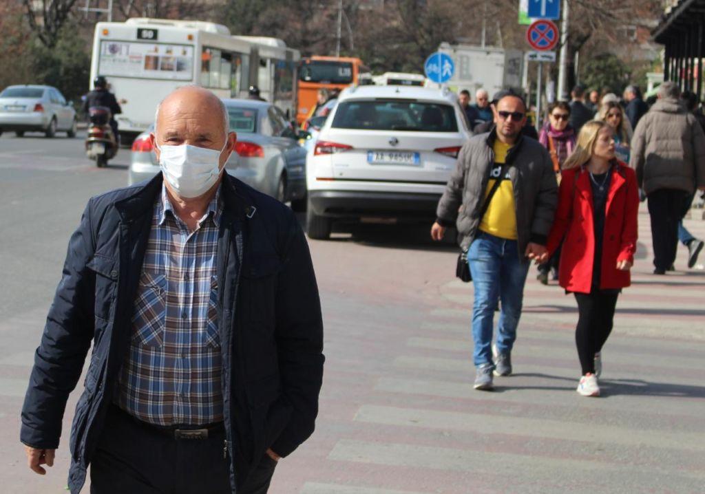 Qeveria kufizon oraret e lokaleve në ish-Bllok/ Mjeku: Ja sa për qind e banorëve të Tiranës janë imunë ndaj Covid-19