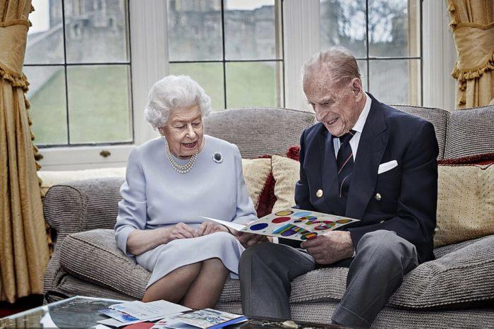 WOW! Çfarë rekordi! Mbretëresha Elizabeth dhe Princi Philip festojnë 73-vjetorin e martesës!