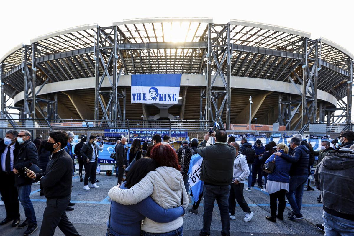 "Zyrtare! Stadiumi ""San Paolo"" në Napoli merr emrin e Diego Armando Maradonës!"