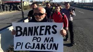 """Ua prishi shtëpitë """"tërmeti"""" i Bankers, qeveria u jep paratë pas 4 vjetëve"""